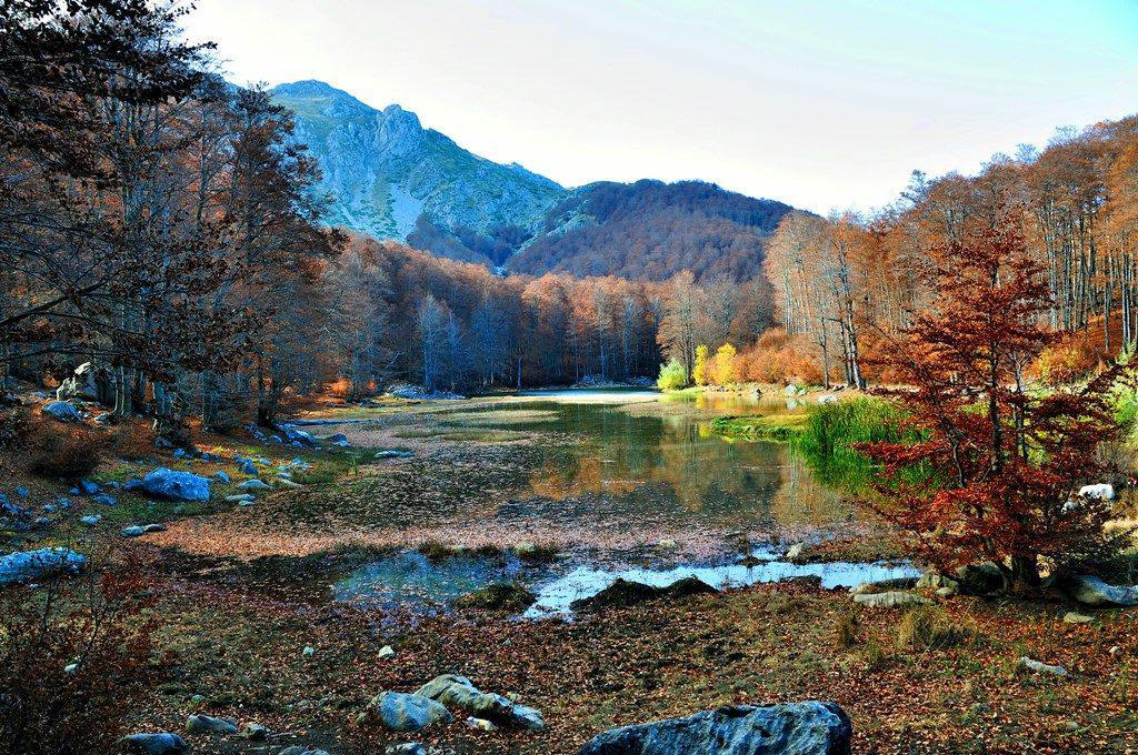 Η Ελλάδα στους 10 καλύτερους φθινοπωρινούς προορισμούς που ξεχώρισε το National Geographic