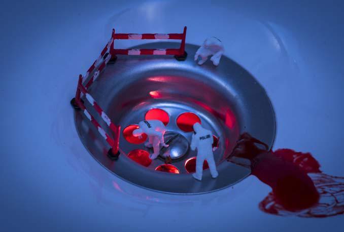 Φωτογράφος δημιουργεί μικροσκοπικούς κόσμους χρησιμοποιώντας καθημερινά αντικείμενα (12)