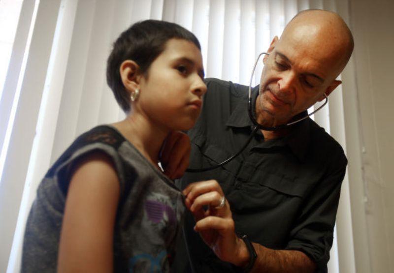 Ναξιώτης γιατρός βρήκε το φάρμακο για τη λευχαιμία