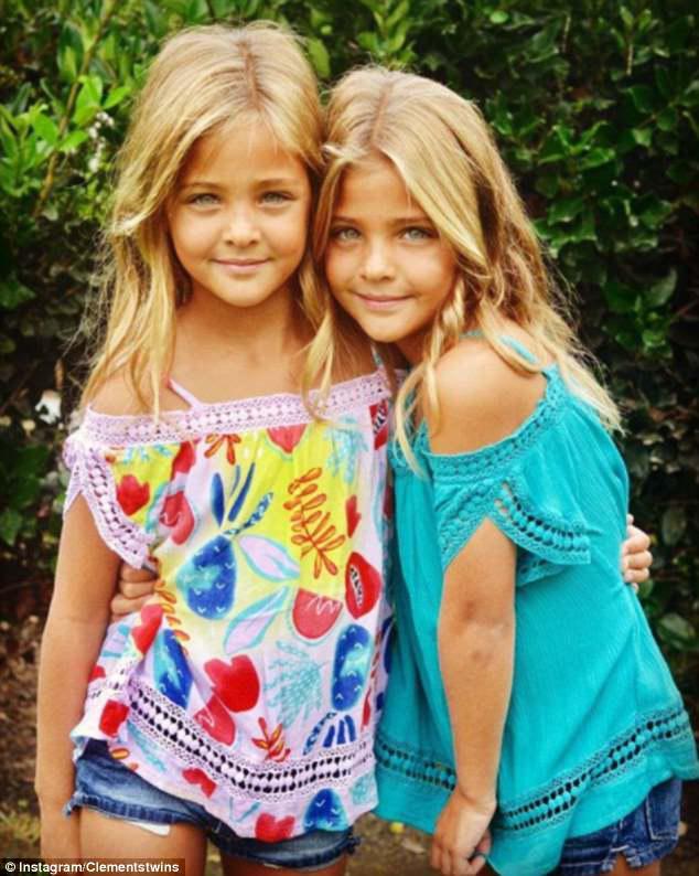Οι οπαδοί έχουν ονομάσει τα πανομοιότυπα δίδυμα «τα πιο όμορφα κορίτσια στον κόσμο»