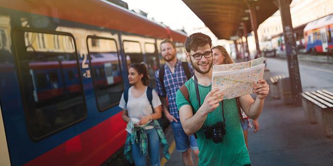 Οι νέοι θα μπορούν να γυρίσουν με τρένο δωρεάν την Ευρώπη