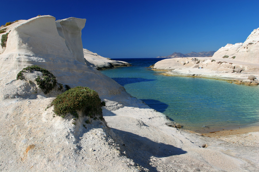 09-Sarakiniko-Milos-Greece-Travel-Photography