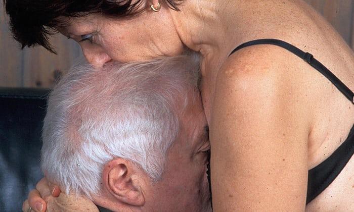 σέξι Ebony γιαγιά πορνό