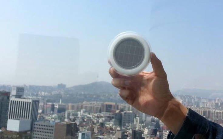 Αποτέλεσμα εικόνας για Έφτασε η νέα πρίζα που μπαίνει στο παράθυρο και λειτουργεί μόνο με ηλιακή ενέργεια