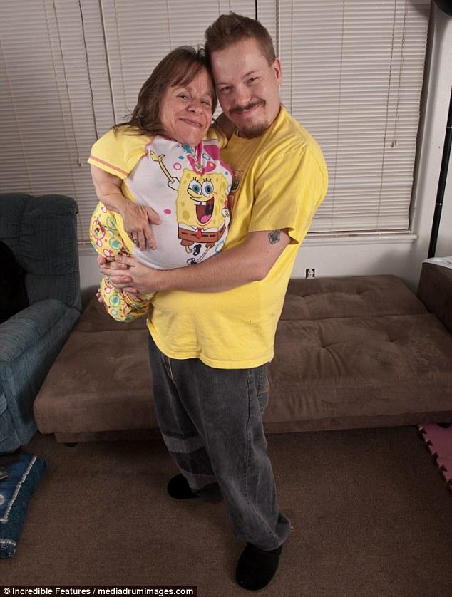 Ειδική σχέση: Οι Stacey και Wil παντρεύτηκαν το 2004, μετά από συνάντηση το 2000, όταν ο Stacey δούλευε σε ένα σούπερ μάρκετ