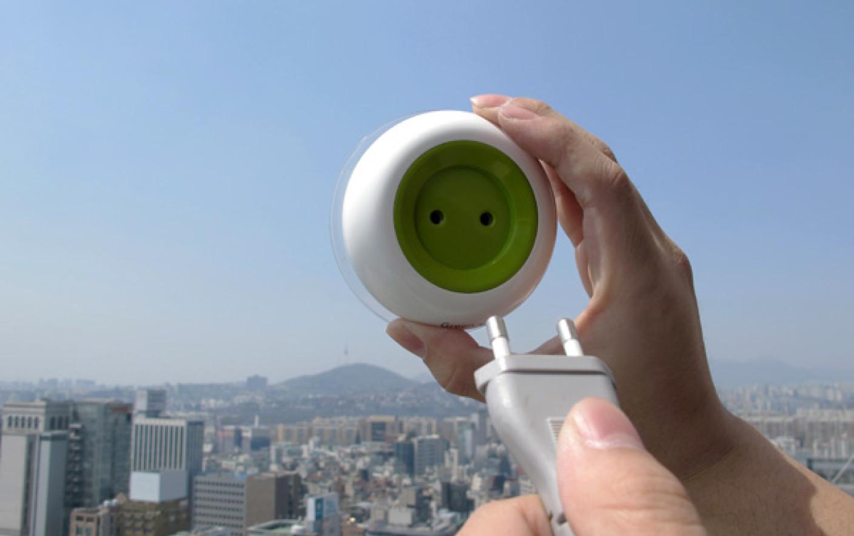 Αποτέλεσμα εικόνας για pannello solare con presa elettrica