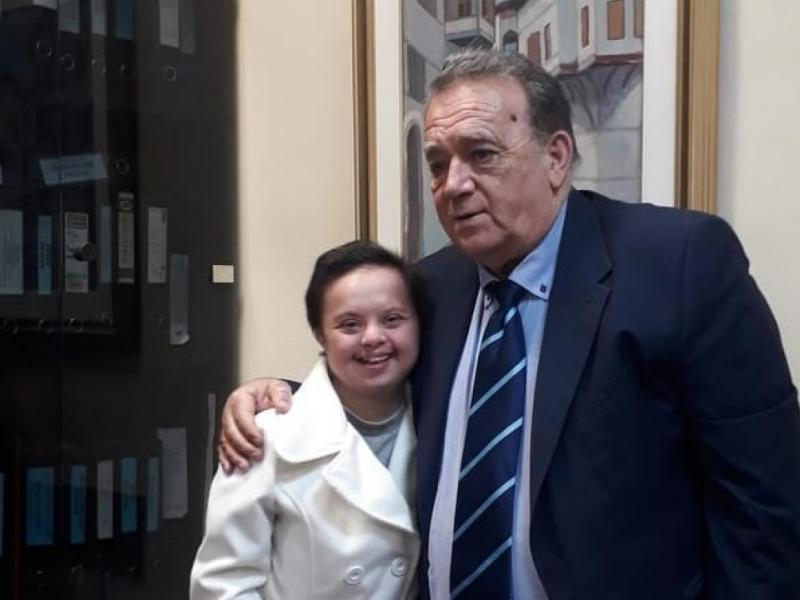 Υποτροφία πήρε η φοιτήτρια Μαρία Νίτσα με σύνδρομο down που σπουδάζει Νηπιαγωγός