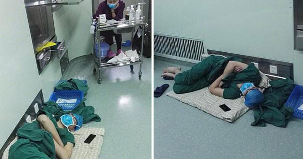 Χειρουργός κοιμάται εξαντλημένος στο πάτωμα νοσοκομείου μετά από 28 ώρες συνεχόμενου χειρουργίου