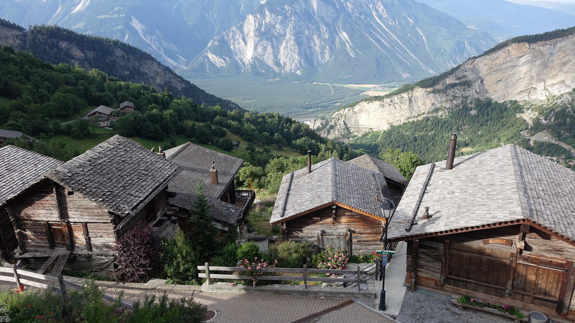 Ελβετικό χωριό σας δίνει 60.000 ευρώ για να μετακομίσετε εκεί - Εικόνα 1