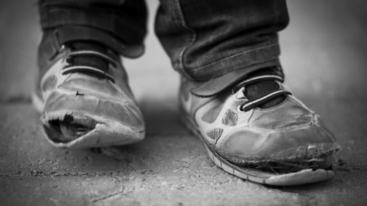 poverty shoes 750xx3870 2177 0 199